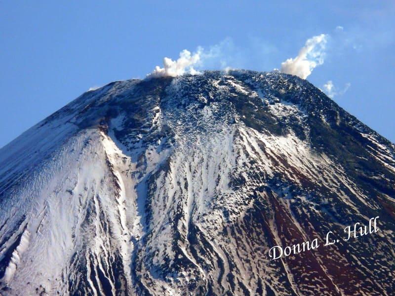avachinsky-volcano-siberia