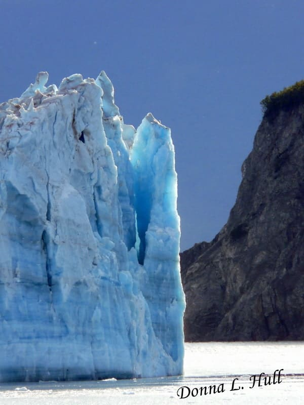 hubbard-glacier-close-up