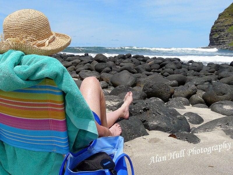 beach-halaway-valley-moloka'i
