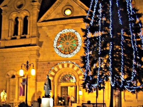 5 Things To Love About Santa Fe At Christmas
