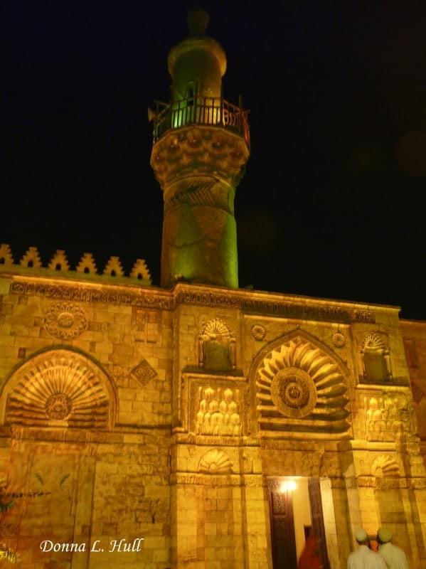 muslim-quarter-al-hakim-mosque-egypt