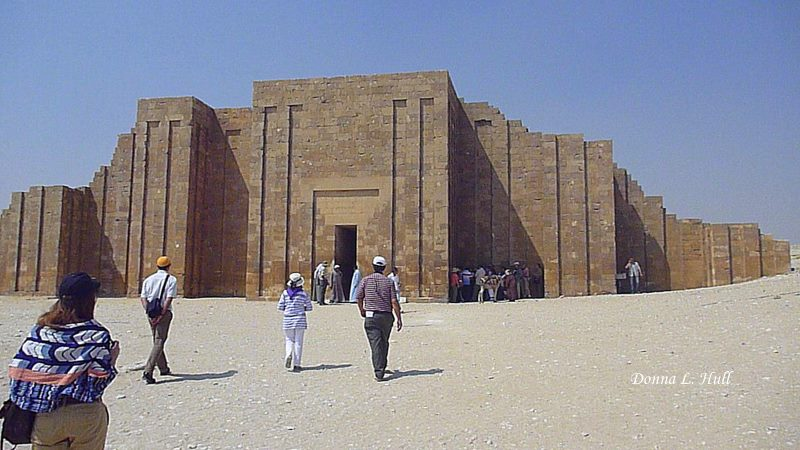 boomer-travel-funery-temple-saqqara