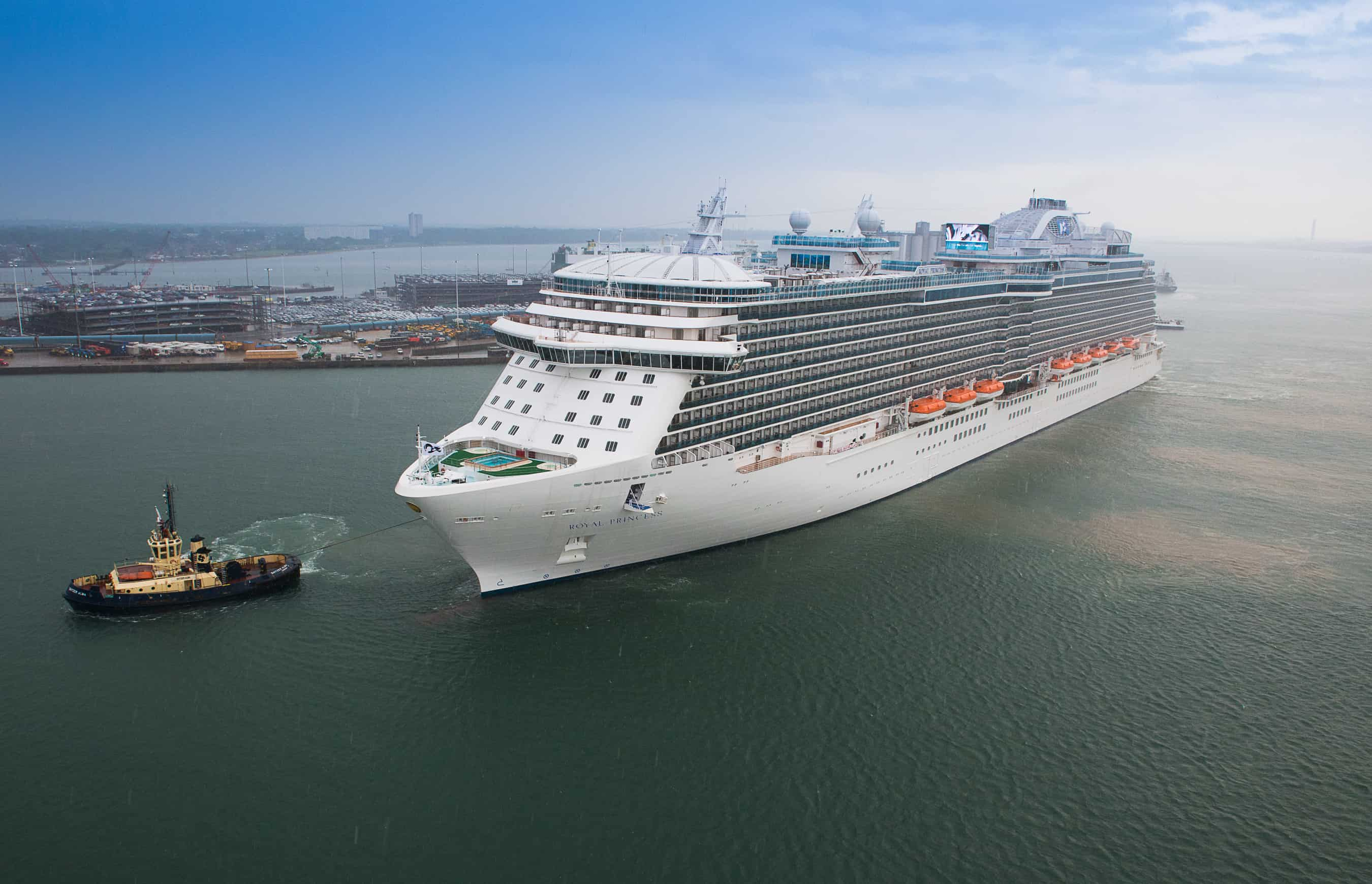 Royal princess cruise from venice to istanbul for Luxury small cruise lines