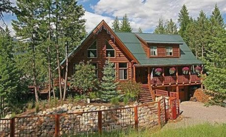 Discover a luxurious Montana getaway at Dreamcatcher Lodge in Kalispell.