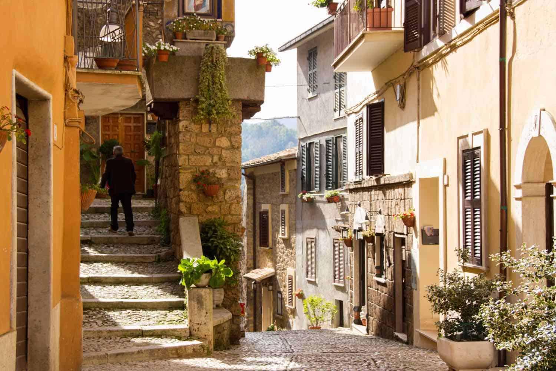small street in an Italian village