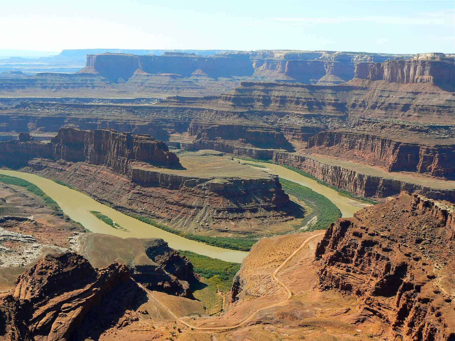 Explore Dead Horse Point State Park on a Scenic Drive