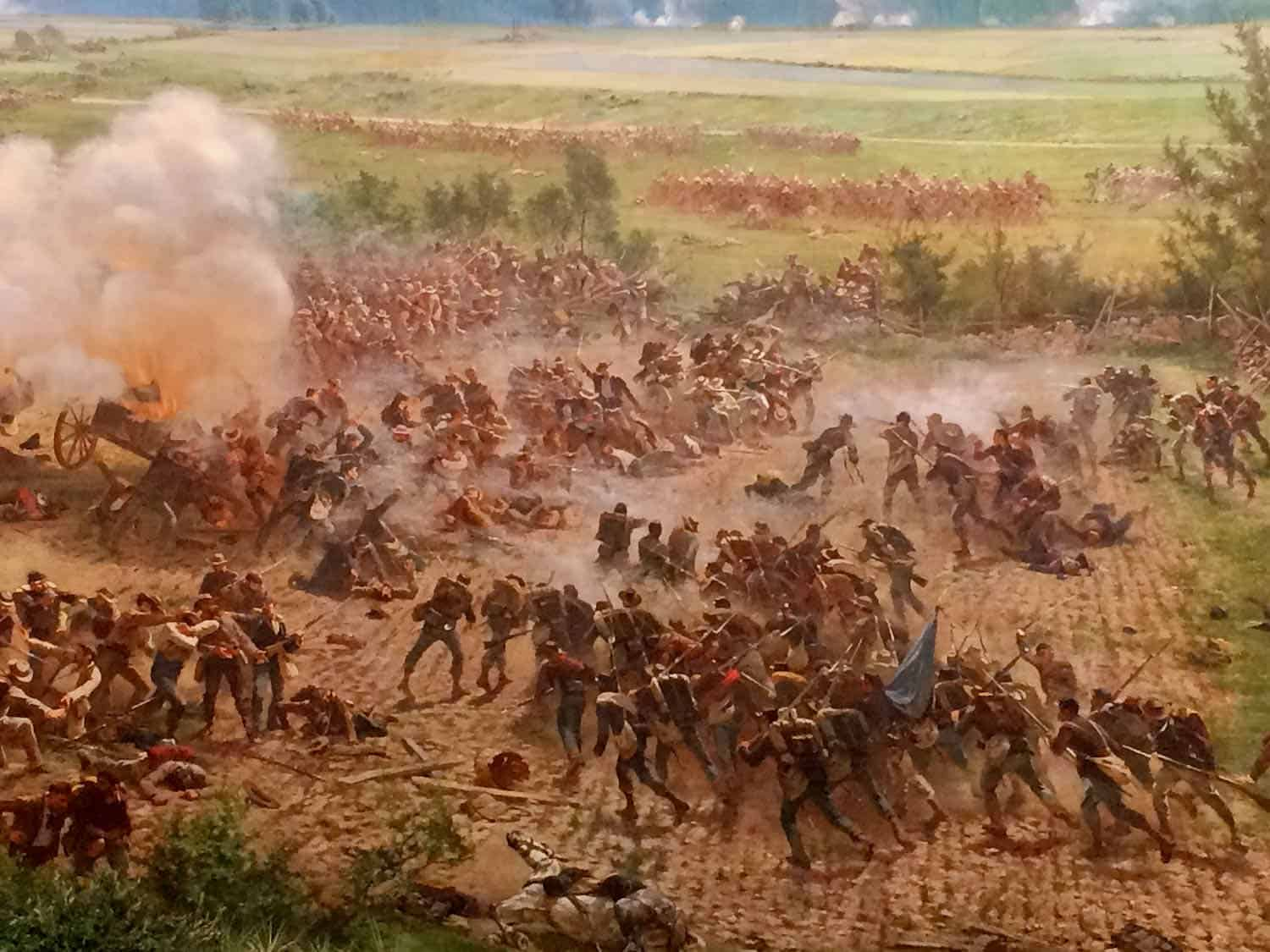 Photo of a cyclorama painting depicting soldiers in battle
